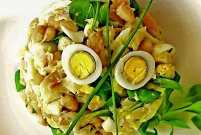 салат из копченой трески с белой фасолью