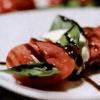 Салат с арбузом на гриле.