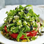 Салат со «стейком» из арбуза.