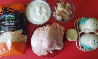 Куриное филе в сметано-грибном соусе
