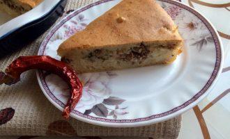 Заливной пирог с консервированной скумбрией и рисом
