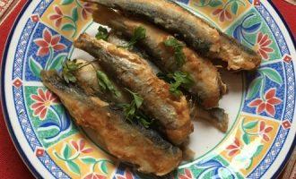 Салака жареная, рецепт на сковороде