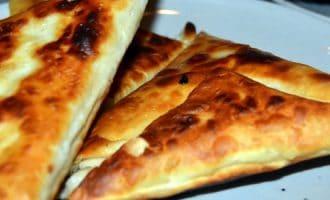 Конверты из лаваша с курицей и сыром