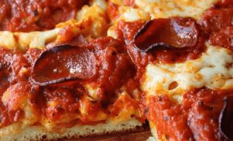 Детройтская пицца
