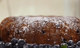 Чернично-сметанный торт